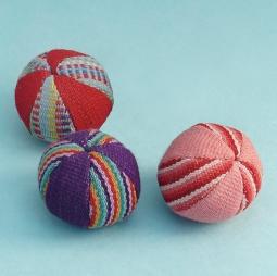 Balls Small (set of 3) WSDO-G001 Size: 15cm (circumference) Weight: 40g