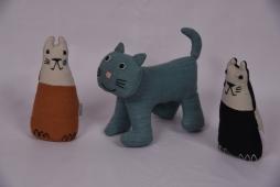Cat Doll Small Size : 16cm x 10xm x 4cm Code : WSDO G005 Cat Size : 18cm x 12cm x 5cm Code : WSDO G032