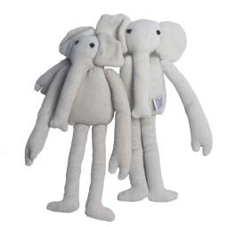 WSDO-G021, Skinny Elephant, Size: 30x11x5cm, Weight: 100g.